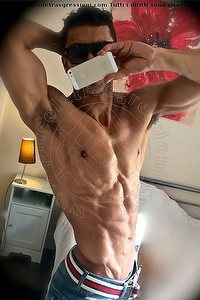 Foto selfie boys Mark Italiano Milano 3312113356